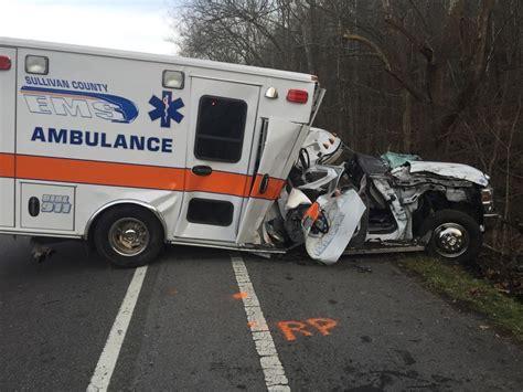 Lu Emergency Ambulance ambulance crash sends three to local center model