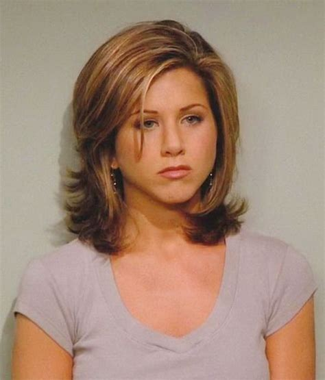 medium haircuts aniston 30 beautiful medium hairstyles for faces you should try