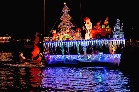 newport beach holiday boat parade newport beach christmas boat parade viewer guide