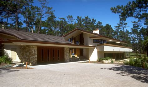 modern frank lloyd wright style homes frank lloyd wright inspired house plans living room modern