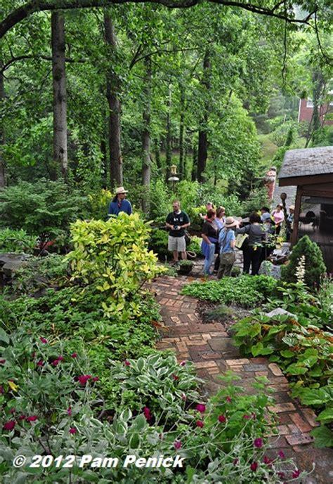 Hillside Gardens by 29 Hillside Garden Jpg 394 215 573 Hill Landscaping