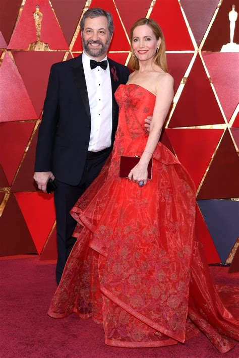 leslie mann red carpet judd apatow and leslie mann on the oscars red carpet 2018