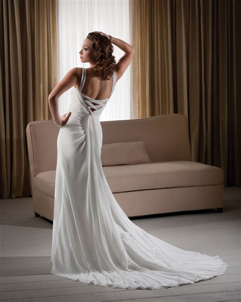 comfortable wedding dress loose comfortable column halter flowers chiffon sweep