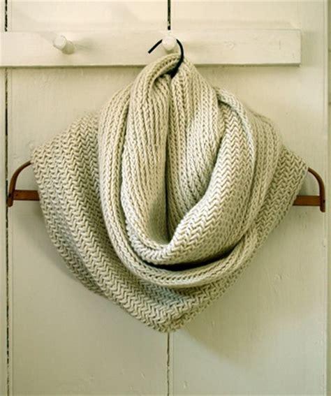 knitting pattern herringbone scarf herringbone infinity scarf free knitting pattern