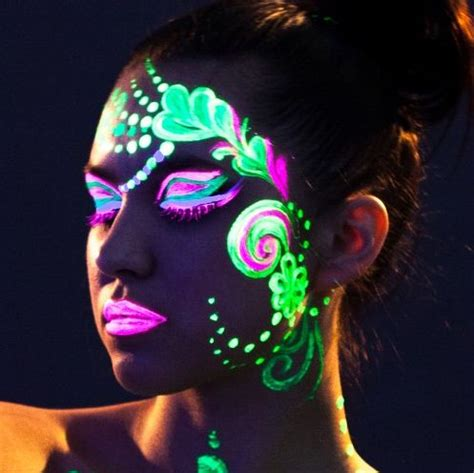 glow in the paint makeup 25 best ideas about glow paint on glow