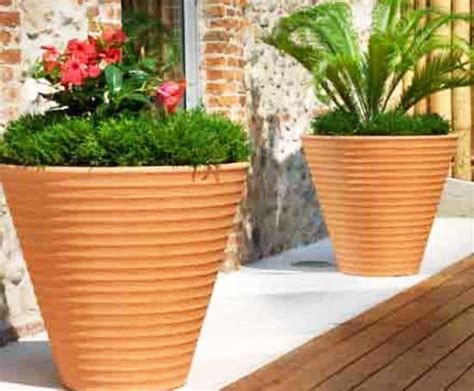 vasi in ceramica da esterno vasi da giardino dimensioni materiali e prezzi il