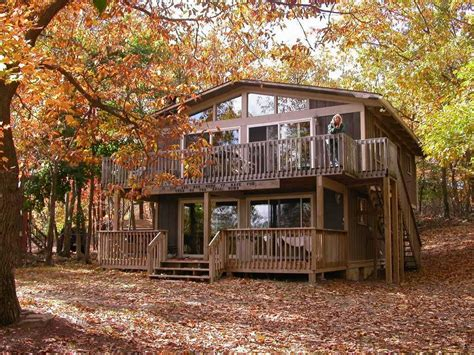 chalets on table rock lake vrbo mountain top chalet with fantastic views l vrbo