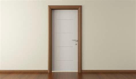 comment poser le cadrage d une porte