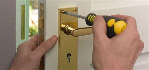how to fix bathroom door lock how to fit door locks wickes co uk