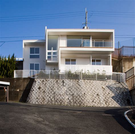 case study houses basic kenji yanagawa s case study house frames city and luxury cars