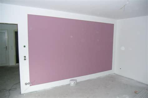 wohnzimmer farben flieder