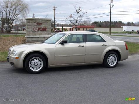 Gold Chrysler 300 by 2006 Linen Gold Metallic Chrysler 300 11772652 Gtcarlot