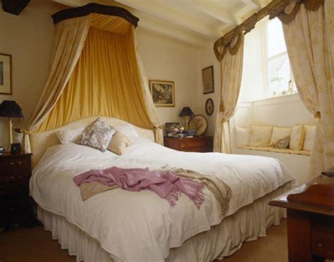 schlafzimmer mit baldachin schlafzimmer gestalten 30 romantische einrichtungsideen