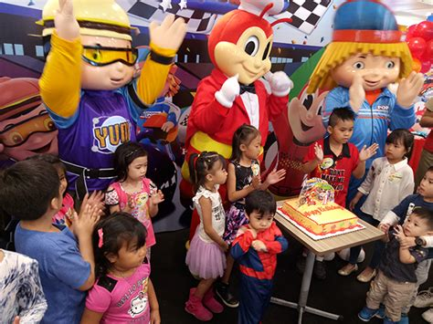 party themes at jollibee jollibee new birthday party theme jollirace