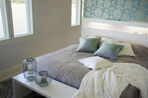 how to utilise a small bedroom how to utilise a small bedroom 28 images small bedroom makeover on a budget