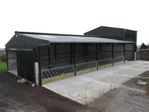 slatted shed and feed store combination 09 january 2014