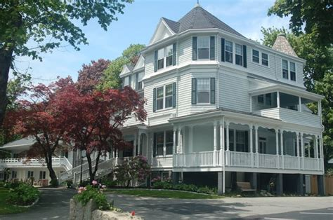 Harbor Cottage Inn by Moseley Cottage Inn And Town Motel Updated 2017 Prices