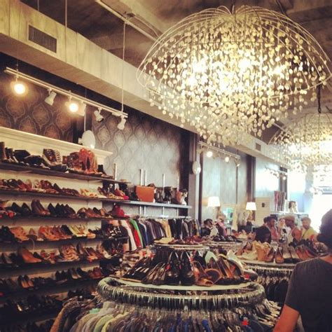 Beacons Closet Nyc by Best Ideas About Vintage Shopping Shopping Beacon S And