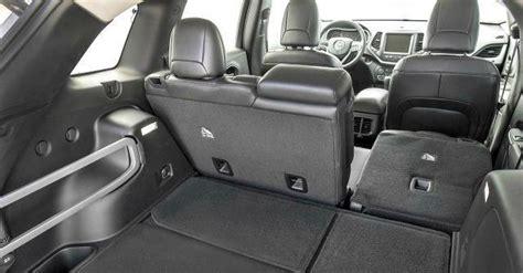 grand interni nuova la prima jeep su base fiat e anche il
