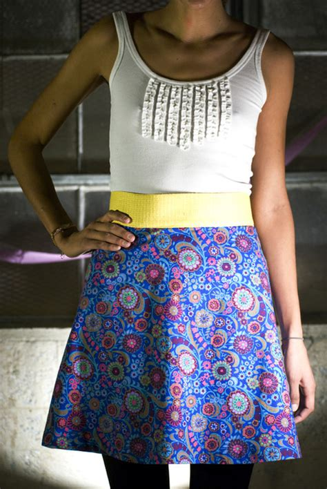 simple pattern a line skirt how to make an a line skirt easy peasy mini skirts and