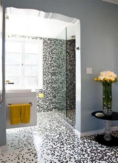 gelbes und graues badezimmer badezimmer mit mosaik gestalten 48 ideen