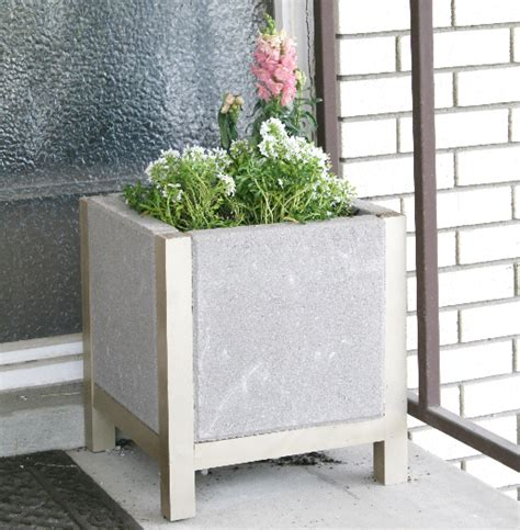 diy patio paver planter diy paver planters is beautiful
