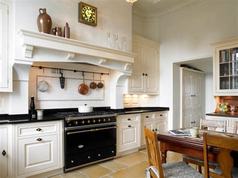 Cherry Wood Kitchen Cabinets With Black Granite 46 Fabulous Country Kitchen Designs Amp Ideas