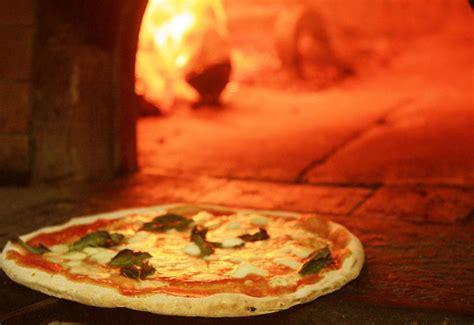 pizza volante roma disco volante home rome italy menu prices