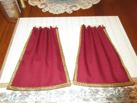 fabricland curtains 1000 ideas about burgundy curtains on pinterest maroon
