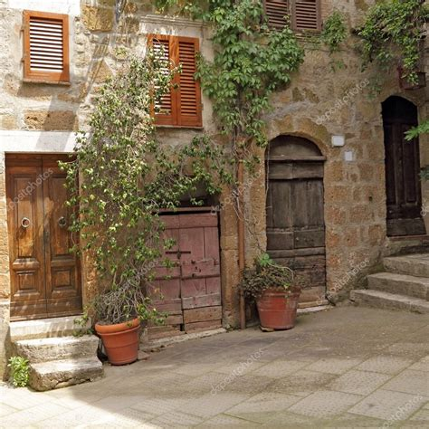 Patio In Italian by Italian Patio In Pitigliano Tuscany Europe