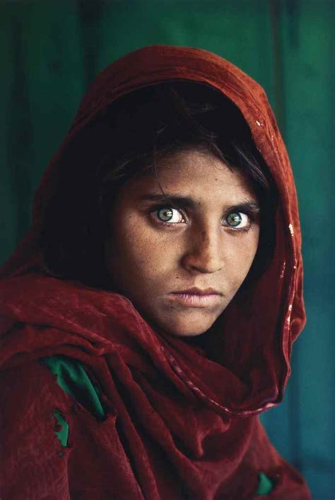 steve mccurry afghanistan fo steve mccurry b 1950 sharbat gula afghan pakistan 1985 christie s