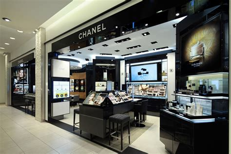 Make Up Shop chanel 187 retail design