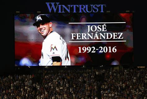 baseball player dies in boat accident mlb marlins pitcher jos 233 fern 225 ndez dies in boating
