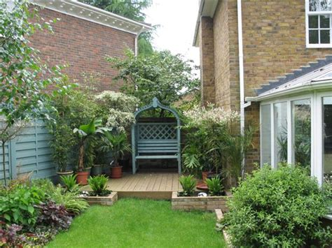 Small Sloped Garden Design Ideas Small Sloping Gardens