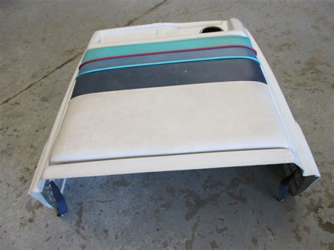 paint boat motor cover 1986 bayliner capri 2 3l 18ft engine cover seat cushion