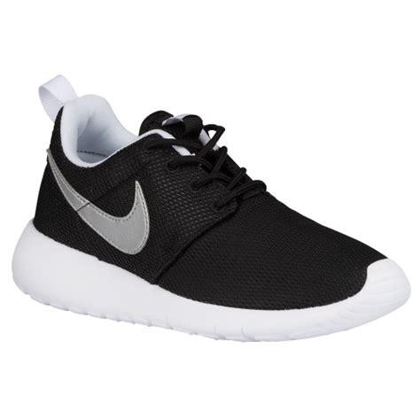 nike roshe one boys preschool running shoes black