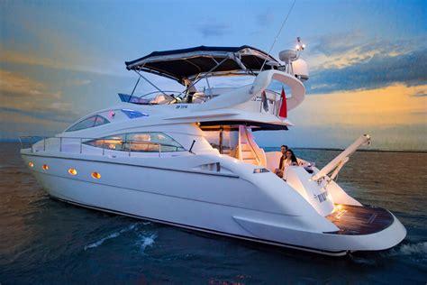 yacht di bali tempat penyewaan boat di bali pulaugroup
