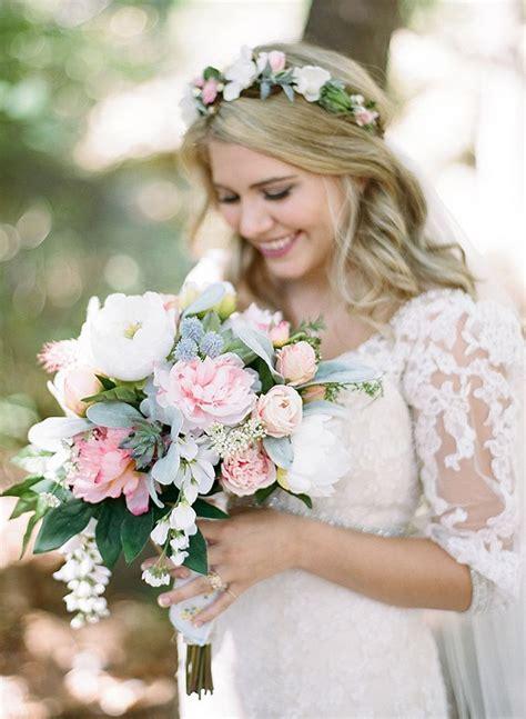 Best 20  Silk Flowers ideas on Pinterest   Fabric roses