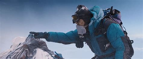 film everest preview go climbing with a bunch of actors in the everest