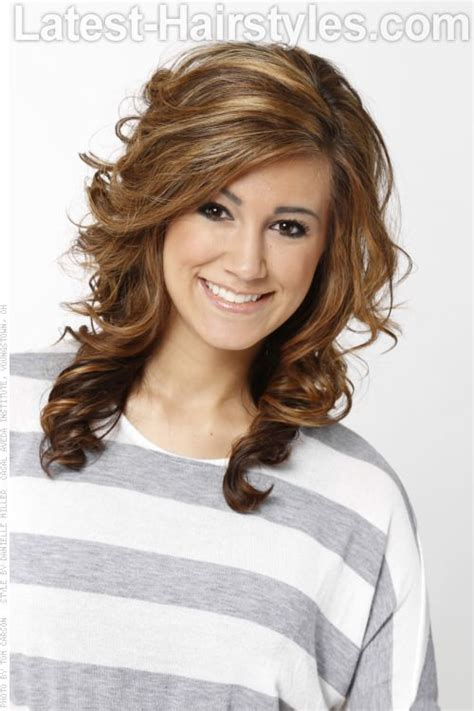 hairstyles and color for medium love the hairstyle medium brown haircolor with