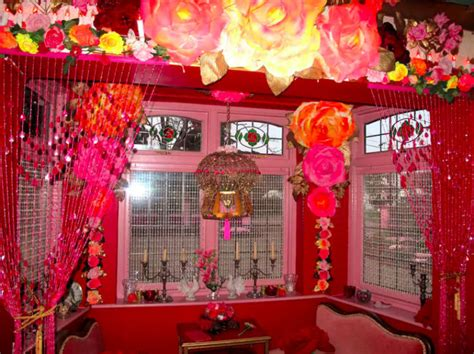 guess whose pink mexican bedroom this is popsugar home this crazy house on airbnb is my new vacation goal and