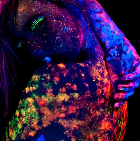 glow in the paint no blacklight cool blacklight and uv photography from