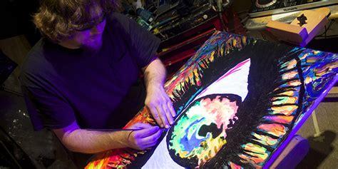 Blind Eye After Losing His Sight Painter John Bramblitt Feels The