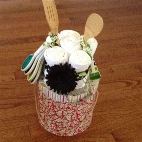 crafty wedding shower gift ideas bridal shower gift craft fair ideas