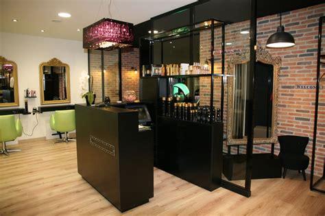Idée Tapisserie Salon by Id 233 E Agencement Boutique Pret A Porter