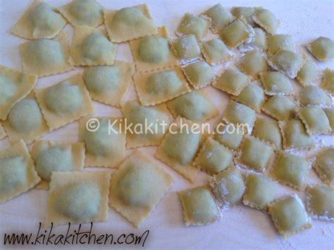 ricetta ravioli ricotta e spinaci fatti in casa ravioli ricotta e spinaci fatti in casa kikakitchen