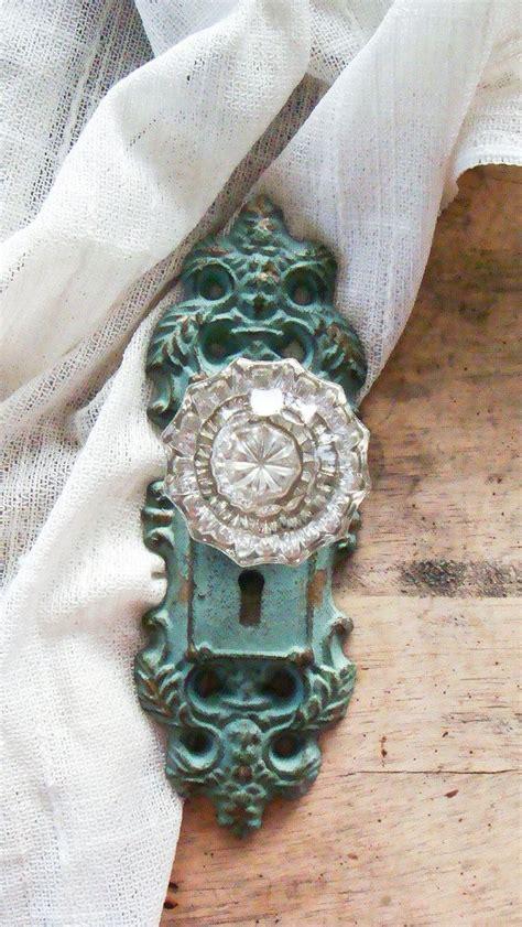 Vintage Looking Door Knobs by Best 25 Vintage Door Knobs Ideas On Antique