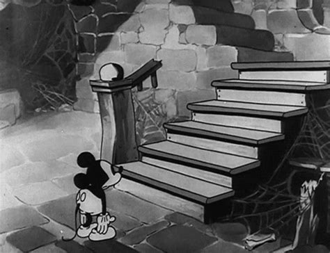 mickey haunted house mickey mouse halloween animated gifs gifmania