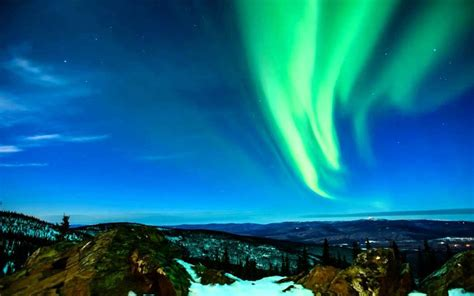 best time to visit alaska northern lights best time to see northern lights in fairbanks