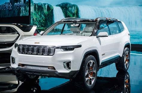 2020 Jeep Grand Photos 2020 jeep grand redesign concept limited and